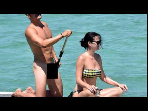 Katy Perry Boyfriend Orlando Bloom Paddle Boarding Uncensored In Italy Beach Leg Powered Paddle Board