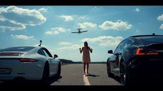 Самая быстрая Tesla в мире против самолёта