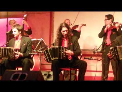 """""""La Juan D'Arienzo"""" in concerto al Club Majestic Napoli"""