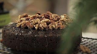 Makowiec to dobry pomysł na Święta, ale polecamy lepszy: tort makowy z karmelizowanymi orzechamii