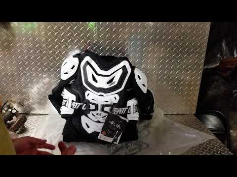 Leatt 5.5 Body Protector Unboxing And Handling !
