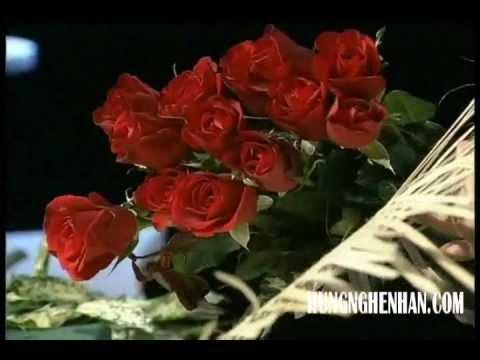 Nghệ nhân hoa quốc tế Nguyễn Mạnh Hùng - Cắm hoa bàn tiệc