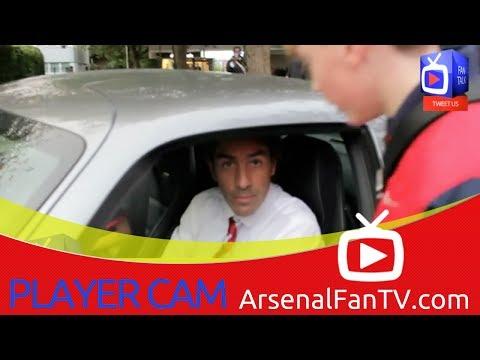 Legend Robert Pires Makes Time For The Fans - ArsenalFanTV.com