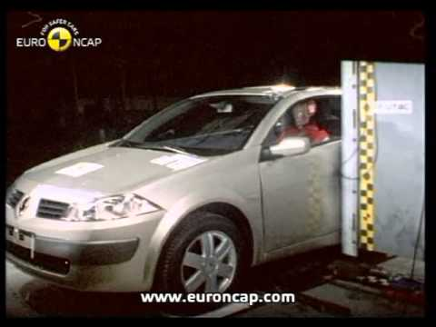 euro ncap renault megane cc 2004 crash test youtube. Black Bedroom Furniture Sets. Home Design Ideas