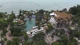 Вид из нашего номера (17 этаж) на территорию отеля(, 2014-09-19T00:12:46.000Z)