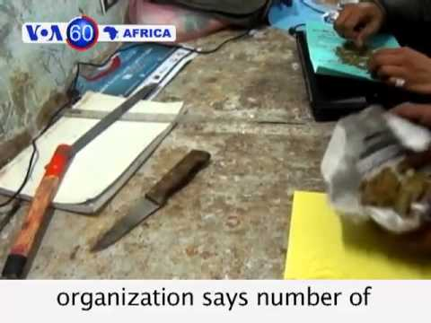 Somalia: Weapons and munitions left by al Shabab rebels are destroyed  - VOA60 Africa 05-13-2013