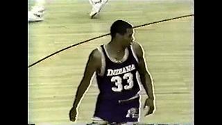 Clark Kellogg (Pacers) (21pts/10rebs) vs. Bulls (1985)