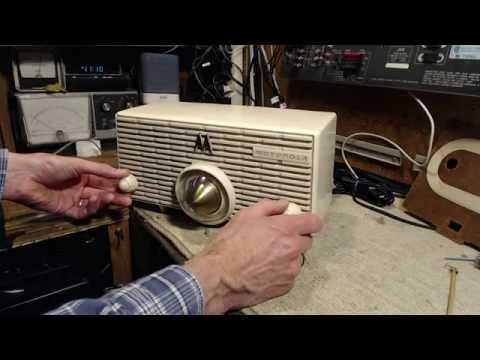 Motorola MK 56-H Five Tube Radio Video #7 - Final Fix