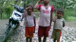 Suara Kemiskinan - Franky Sahilatua