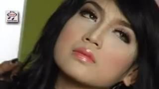 Suliana feat Sodiq - Kandas [Official Music Video]
