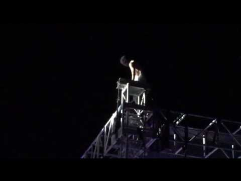 Twenty one pilots live @ the Greek theater, Berkeley night 1 CAR RADIO