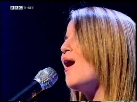 2002 GB  Jessica Garlick - Come Back live acoustic @ Liquid Eurovision 2003