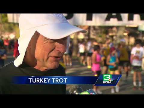 Runners flock to Davis for 30th annual Turkey Trot