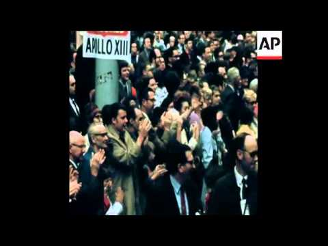 SYND 2/5/70 APOLLO 13 ASTRONAUTS LOVELL AND SWIGERT RECEIVE ENTHUSIASTIC TICKERTAPE WELCOME