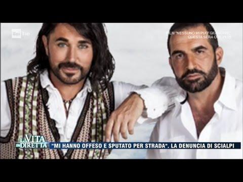 Scialpi: Mi hanno sputato addosso Aggressione omofoba a Roma  La Vita in Diretta 29032017