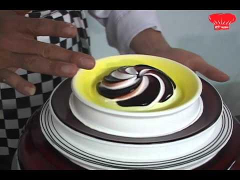 Tân Nhất Hương: Decor bánh kem kiểu mới - Nguyễn Minh Tín - 01