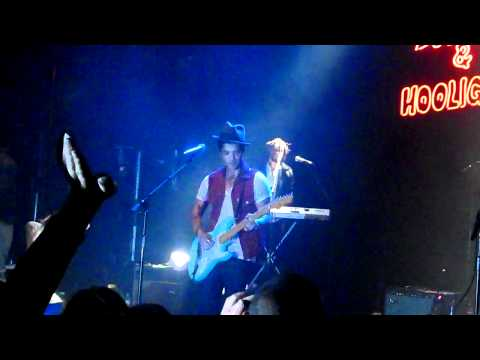 bruno-mars-in-koko-london.-mon-14th-march-2011.-whole-lotta-love.