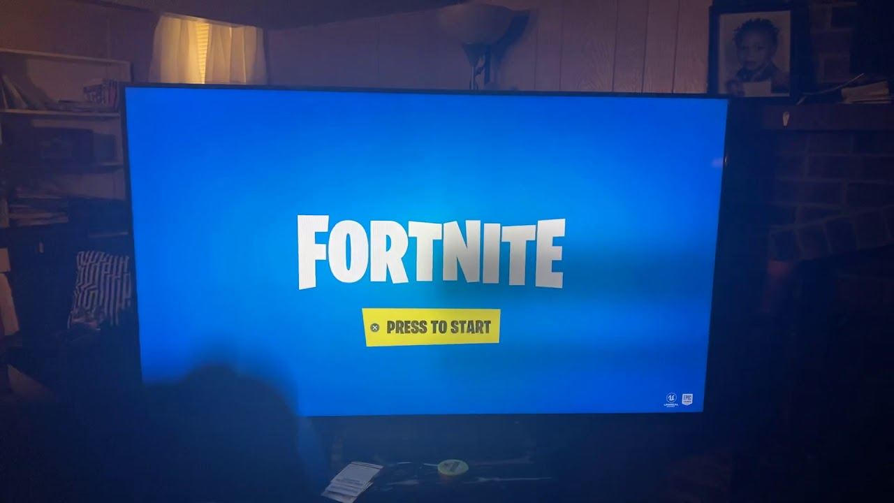 How to split screen fortnite on ps4 - YouTube