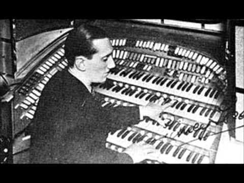 Sidney Torch at the Organ -