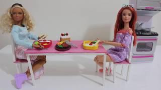 Barbie İle Çin Yemeği ve Tatlı Yapıyoruz! - Barbie Mutfak Seti Açımı - Bidünya Oyuncak