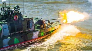 "AK-354class, project 1204 ""Shmel"" (Bumblebee) patrol boat (by NATO - Shmel Class River Gunboat)."