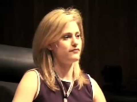 Aimee Mullins: Changing my legs  and my mindset