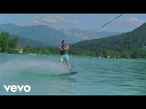 Download Alvaro Soler - Despiertos (Official Music Video)
