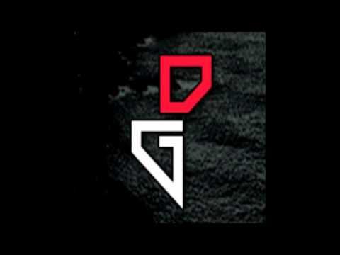 Robert M & Dirty Rush - Super Bomb (D!rty Ground Remix)