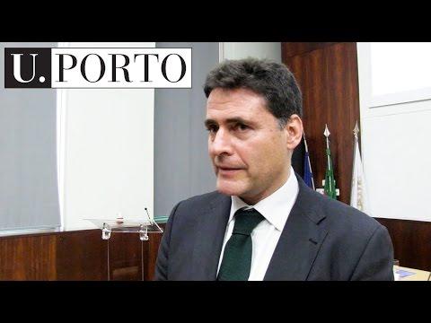 Biblioteca e arquivo pessoal de Vasco Graça Moura acolhidos na U.Porto