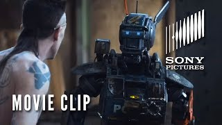 Скачать CHAPPIE Movie Clip Real Gangster