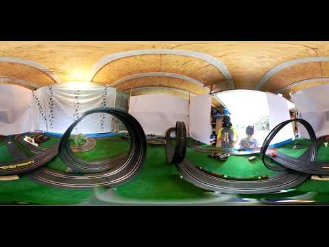 Circuit voitures électriques Carrera video 360°