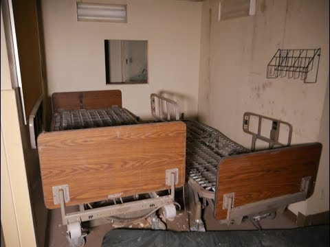 Weird Blood/Paint trail in Abandoned Hospital (X- Rays and Items left)