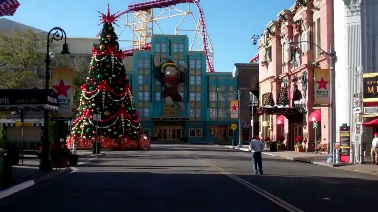 Universal Studios Orlando Christmas Decorations 2011 HD - YouTube
