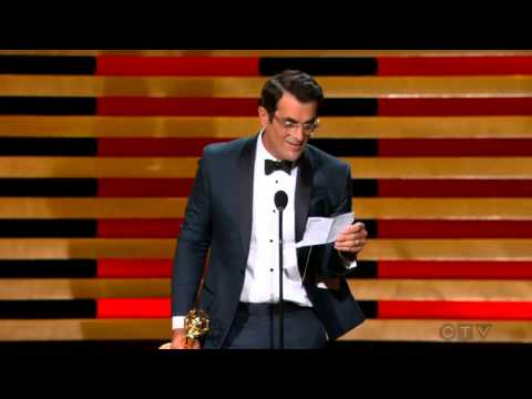 "Ty Burrell wins an Emmy for ""Modern Family"" 2014"