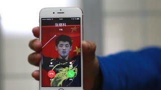 小伙中国街头恶搞:张继科的电话来了!