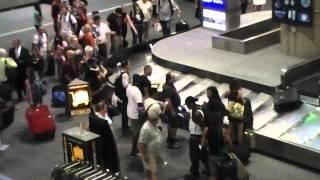 Video Baggage claim at McCarran airport in Las Vegas. download MP3, 3GP, MP4, WEBM, AVI, FLV Juni 2018