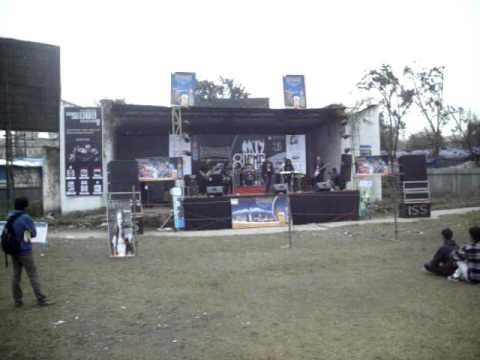 'Kathmandu college of Management' inter-college rock competition-2011 in Kathmandu..AVI