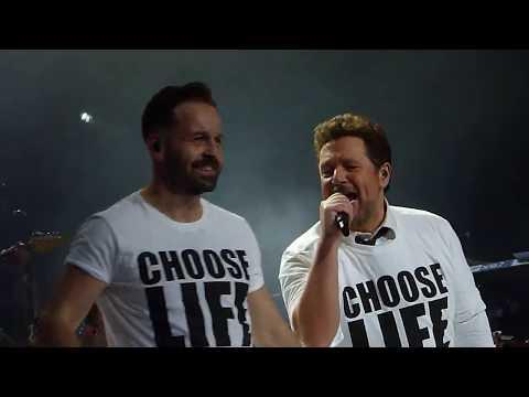 Alfie Boe & Michael Ball 'Wham Medley' Leeds Arena 08.12.17 HD