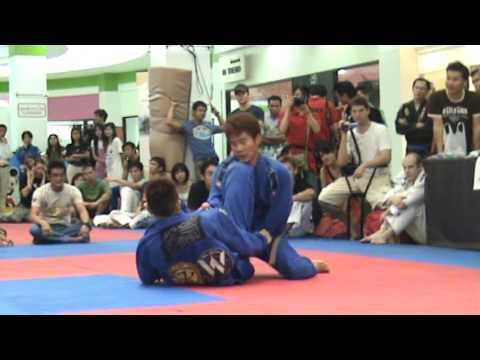 Mokoto Ogasawara vs Kiyoyuki Matsui 2009 FBT Thailand BJJ/Grappling Games