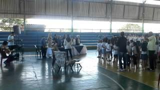 Baixar Adélia Prado no aniversário da Escola Manoel Corrêa Filho