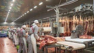 Профессия обвальщика – одна из самых престижных и высокооплачиваемых на мясокомбинате «Атяшевский»
