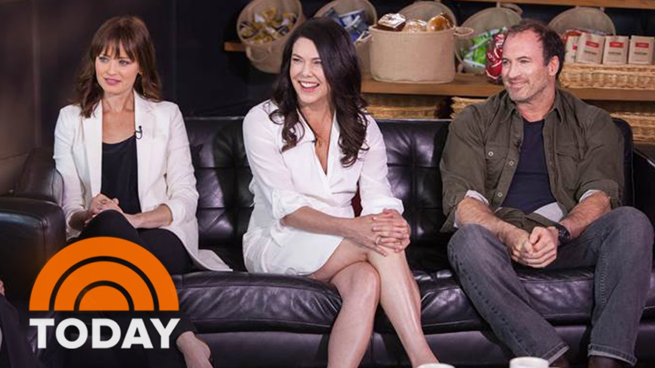 Download 'Gilmore Girls' Cast Reunite For 15th Anniversary | TODAY