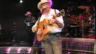 Alan Jackson - Better Class Of Losers (LIVE)
