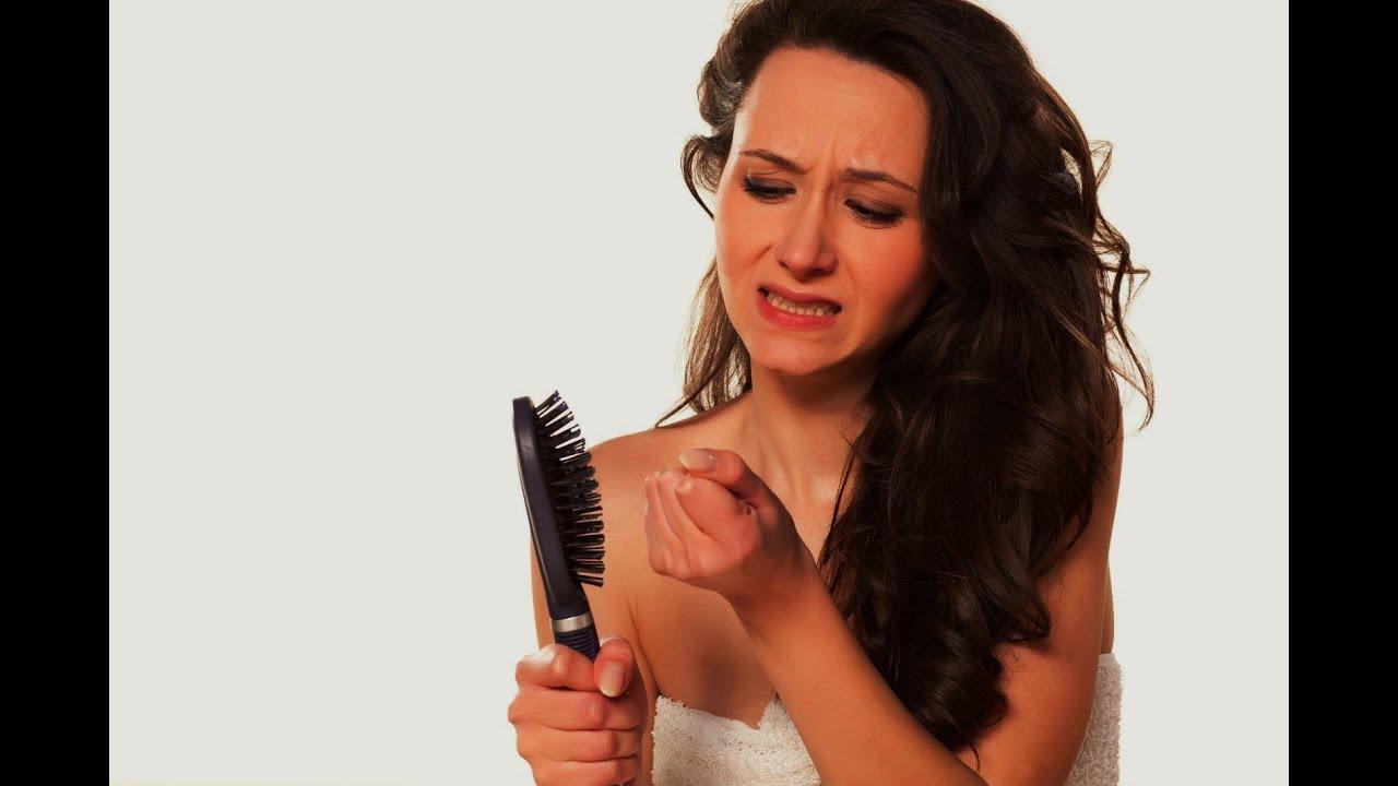 Почему выпадают волосы на голове у женщин после 60 лет