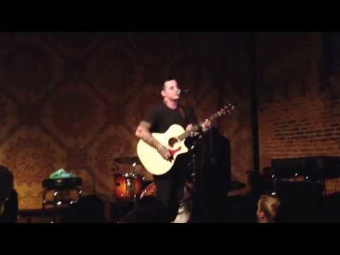 Anthony Raneri sings new not yet titled bayside song at North Star Bar, Philadelphia 9/20/2013