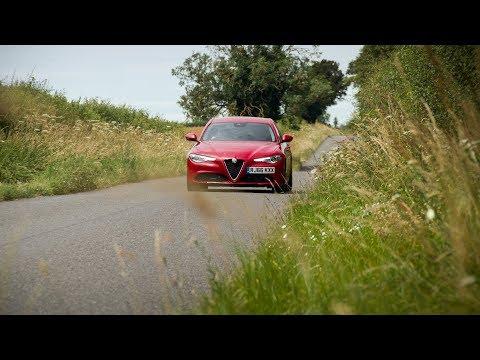 2019-alfa-romeo-giulia-super-review!-new-motoring