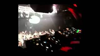 System F - Out of the Blue (Akira Kayosa 2010 Mix) Live @ Gallery - Ministry of Sound