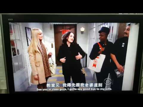 2 Broke Girls - Girls Kiss💋👄