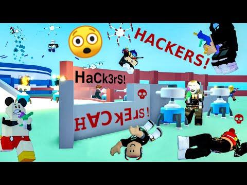HACKERS❗ HaCk3rS❗ H∀ƆʞƎɹS❗ Watch 'em hack 😲 BIG Paintball! Roblox