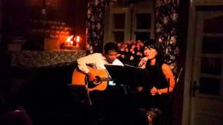 Hoa Vàng Mấy Độ_Live in Cafe 1985 Hà Nội